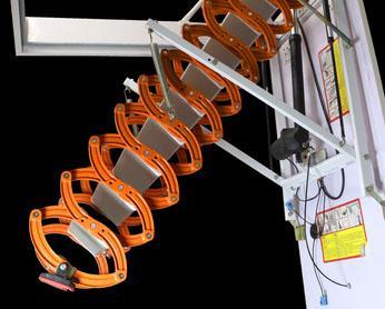 סולם עם שלט טלסקופי לעליית גג